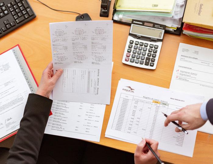 Full Service salarisverwerking door DURF Company.  Voordelen: Single point of contact voor personeel- en salarisadministratie, inzicht in actuele wet- en regelgeving en fiscale (on)mogelijkheden, betrouwbare en deskundige uitvoering, scherpe prijs door combinatie van dienstverlening.